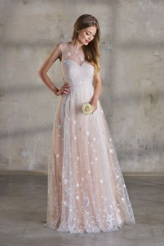 Sofia tulle bridal skirt with stars in champagne, ivory